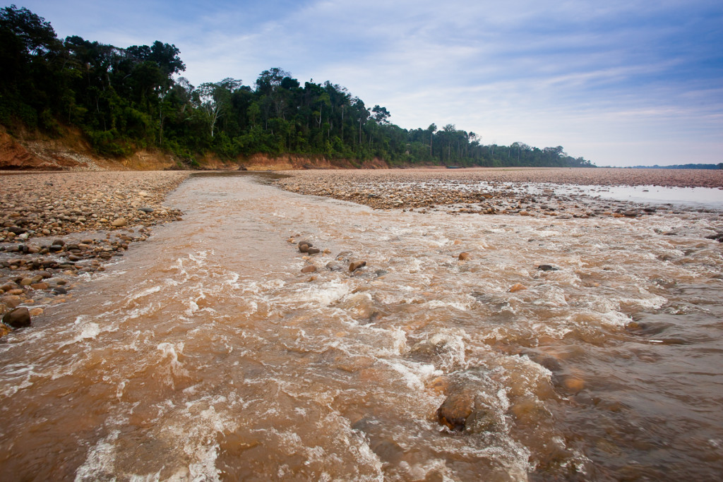 Details of the rounded rocks on the bottom of the Tambopa River